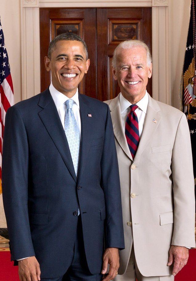 Official portrait of President Obama and Vice President Biden 2012