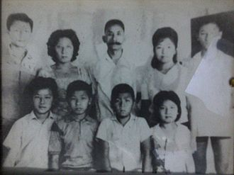 Overseas Chinese - 1967 photo of Indonesian-Chinese family from Hubei ancestry, the second and third generations.