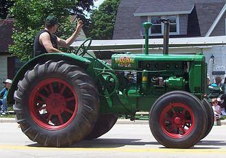 Oliver Farm Equipment Company - Oliver 80 tractor