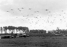 Operation MARKET-GARDEN - 82.Airborne near Grave.jpg