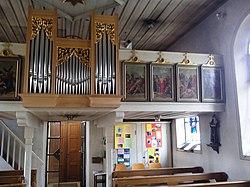 Orgel und Empore.jpg