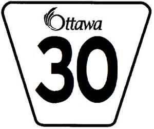 Innes Road - Image: Ottawa 30