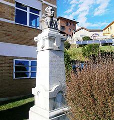 Bust of Padre Vinjoy