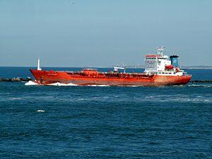 Pakri Challenge leaving Port of Rotterdam, Holland 08-Jul-2006.jpg