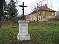 Pamětní kříž v Úholičkách (Q66565227) 01.jpg