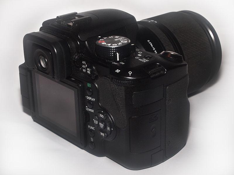 File:Panasonic Lumix DMC L10k DSLR Camera.jpg - Wikimedia Commons