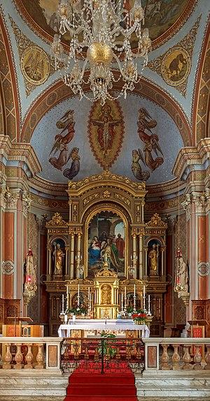 Parish church of Urtijëi - Image: Parish church St. Ulrich Urtijëi High altar