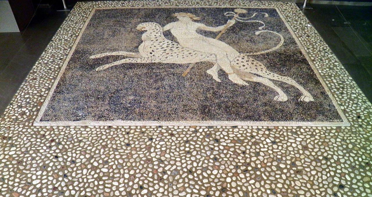 White Pebble Floor Tiles