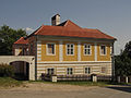 Pfarrhof in Rosenau Schloss II.jpg