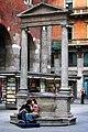 Piazza Mercanti a Milano.jpg