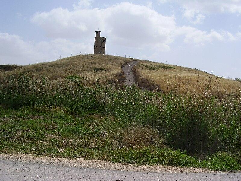 מצפה השלושה בעמק בית שאן