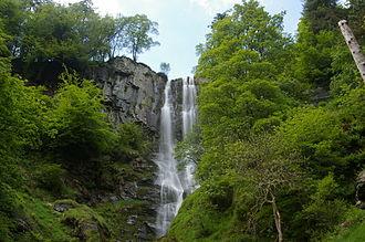 Llanrhaeadr-ym-Mochnant - Image: Pistyll Rhaeadr Falls