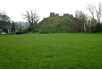 Feudal barony of Plympton - Plympton Castle, the motte with parts of ruined walls of the keep on top