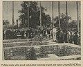 Podpisywanie aktu przed założeniem kamienia węgielnego pod budowę szpitala Dzieciątka Jezus (61491).jpg