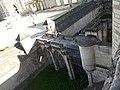 Pont du châtelet du donjon du château de Vincennes, vu depuis le donjon.jpg