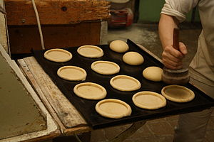 Kolach - Kolache preparation in bakery