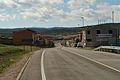 Pozo-Lorente, entrada población desde CM-3209.jpg