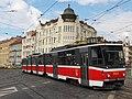 Praha, Libeň, křižovatka Sokolovská-Zenklova, Tatra KT8D5 č. 9009.jpg