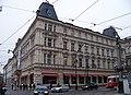 Praha, kavárna Slavia, z křižovatky.jpg
