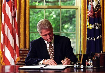US President Bill Clinton signing veto letters in 1993 President William J. Clinton Signing Line Item Veto Letters - NARA - 77861673.jpg
