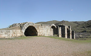 Vía de la Plata - Image: Puente de Alconétar, Cáceres Province, Spain. Pic 02