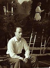 Foto van Pyke Koch in atelier