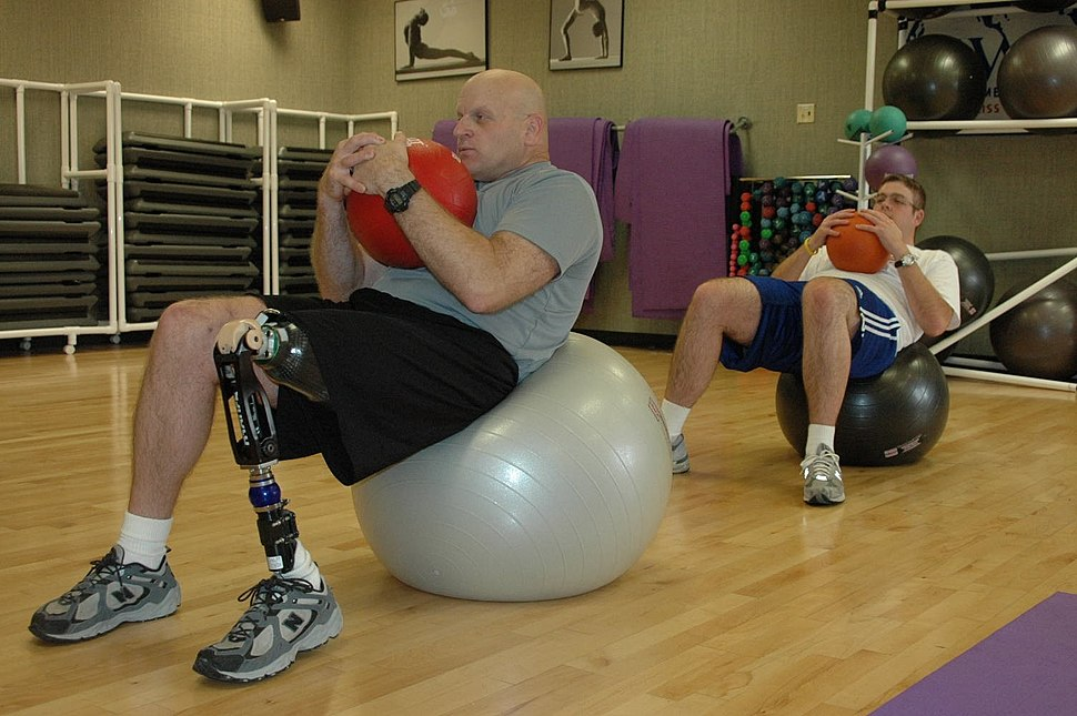 RPG wounded Iraq veteran exercising Army-dot-mil-2007-02-07-103140