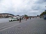 Rašínovo nábřeží, restaurační loď Tyrš a Petřín.jpg