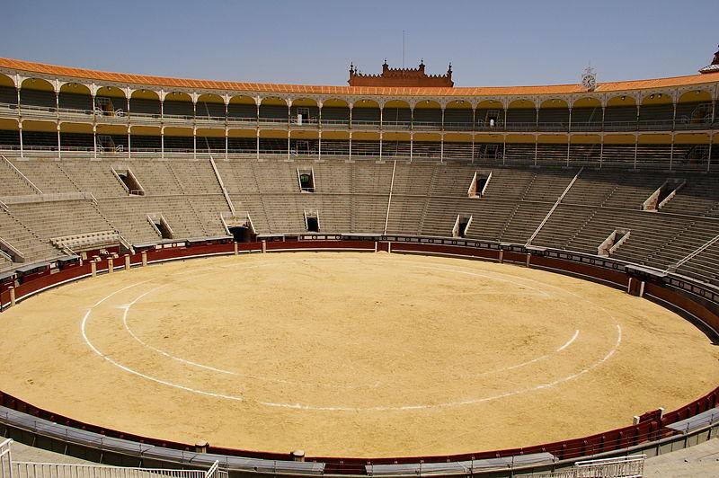 صور مدينه مدريد الاسبانيه  800px-Redondel-las_ventas