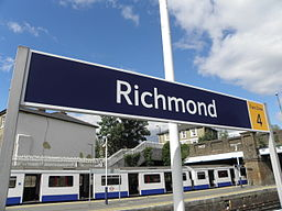 Richmond station signage 2012