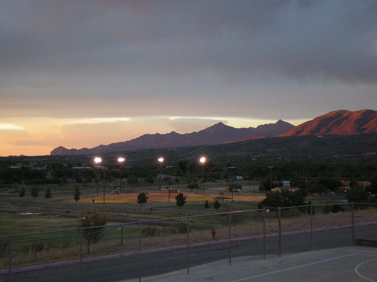 Rio Rico, AZ, View North, 2008 - panoramio.jpg