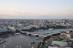 Le Waterloo Bridge vu depuis l'EDF Energy London Eye.