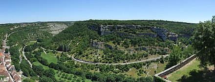 Photo panoramique de l'actuelle vallée de l'Alzou à Rocamadour.