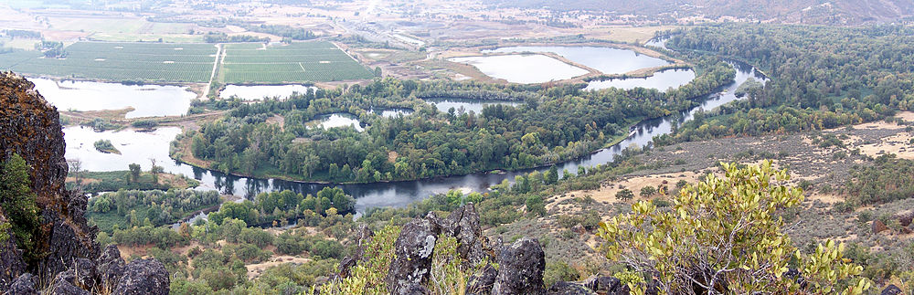 Rogue from Table Rock Pano 2.jpg