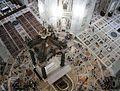 Rom, Vatikan, Petersdom, Baldachin (von der Kuppel aus gesehen).jpg