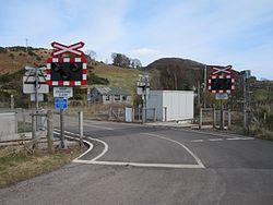 Rovie level crossing (13175377724).jpg