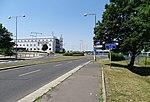 Ruzyně, K letišti, kruhový objezd u terminálu 3.jpg