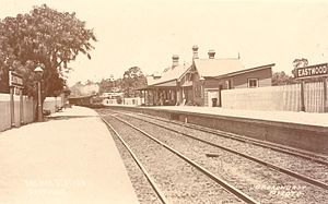 Eastwood railway station - Eastwood station in the early 20th century