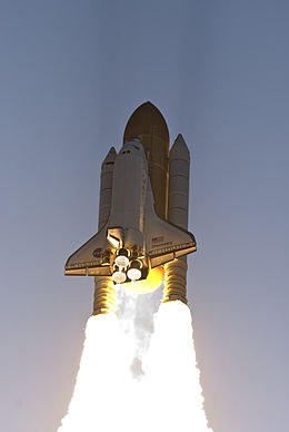STS-124 launch closeup.jpg
