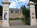 Saint-Amand-en-Puisaye château.jpg