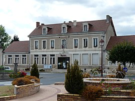 The town hall in Saint-Léon-sur-l'Isle