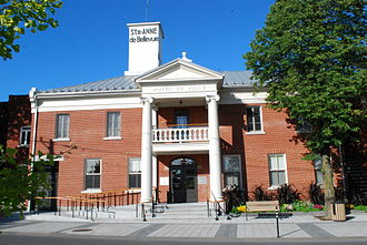Sainte-Anne-de-Bellevue, Quebec - Town hall