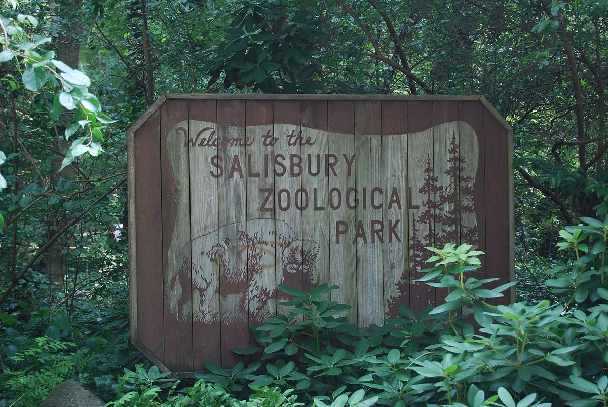 Salisbury Zoo Sign.jpg