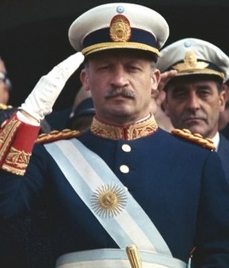 Juan Carlos Onganía - Image: Saludo militar de Onganía