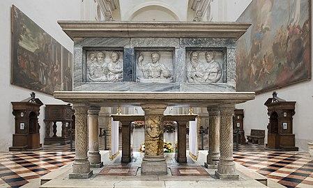 Santa Giustina (Padua) - Tomb of Saint Matthias