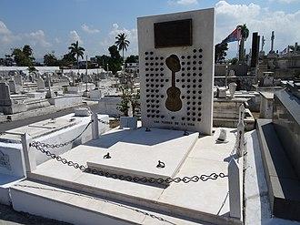 Santiago de Cuba - The tomb of Compay Segundo