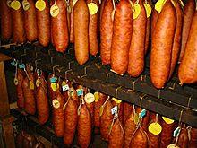 histoire de la saucisse de Morteau dans Jura 220px-Saucisse_morteau