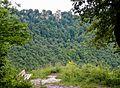 Schwäbische-Alb-Nordrand-Weg (Hauptwanderweg 1, HW 1), Albsteig, Blick auf Schloss Lichtenstein - panoramio.jpg