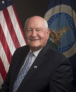 Secretary Sonny Perdue official photo.jpg