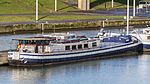 Ship Peterborough at Strépy-Thieu boat lift-3603.jpg